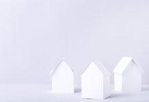 Tre vita hus i papper